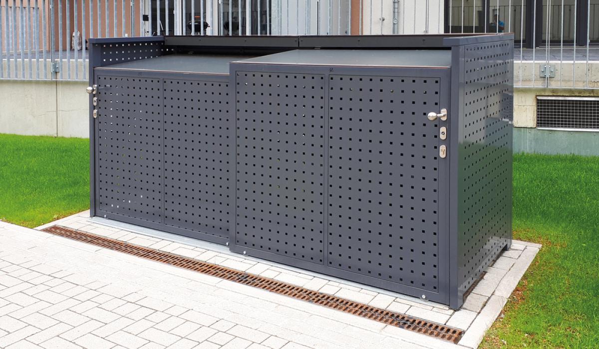 <h5>Mülltonnen-Box mit Schiebetür aus Quadratlochblech</h5>