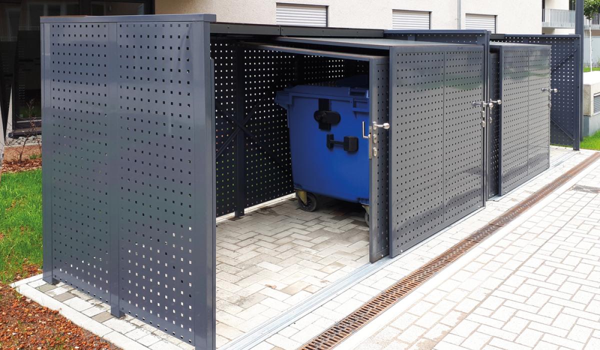 <b>Mülltonnen-Box mit Schiebetür</b>