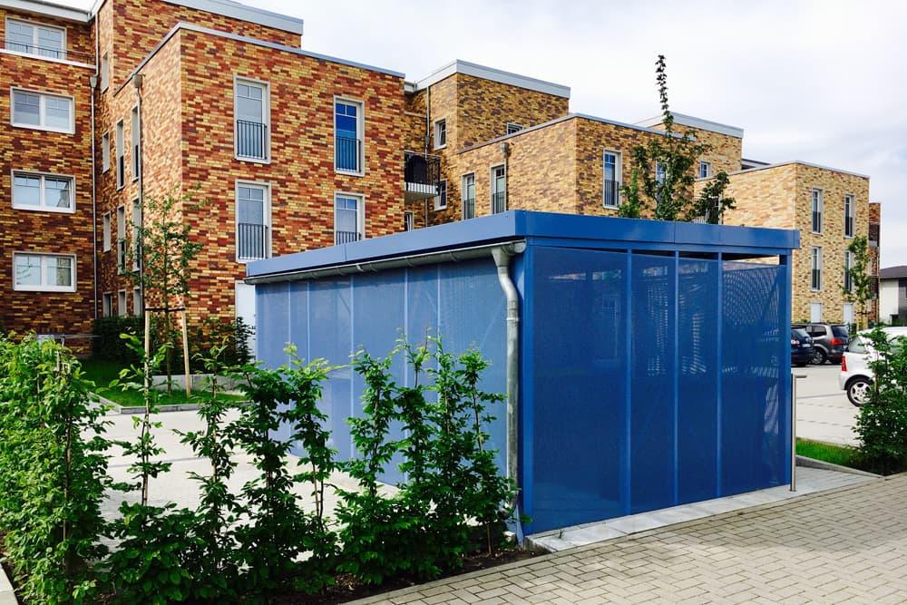 <h5>Einhausung Manufaktur-Bauweise aus Lochblech</h5>