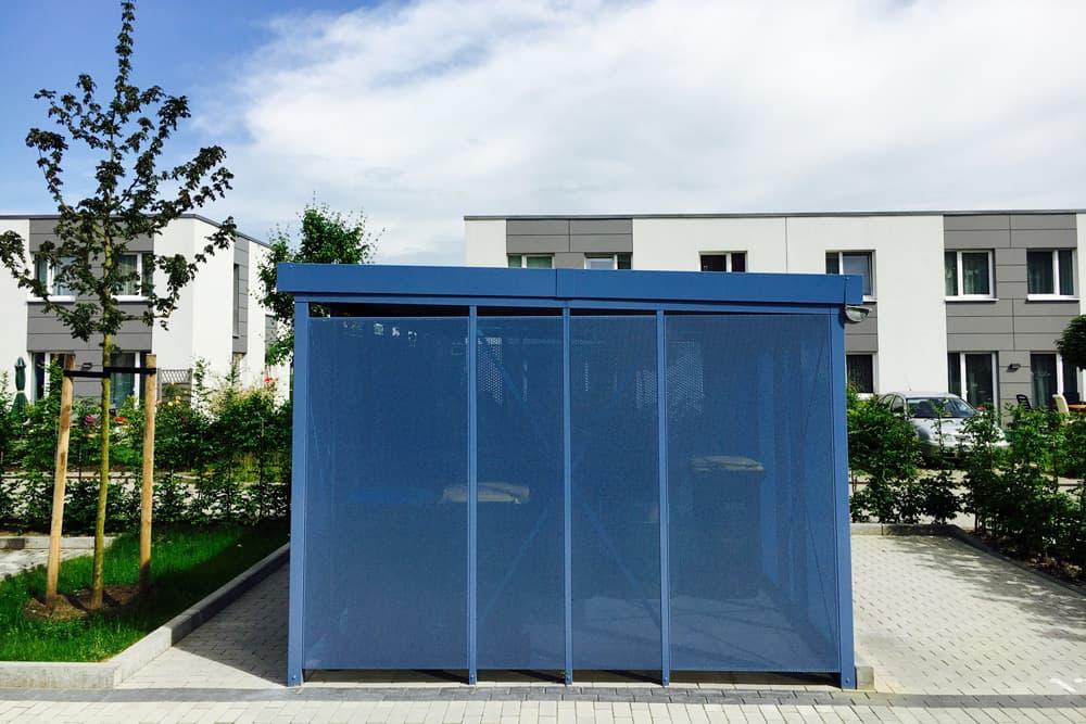 <h5>Einhausung RAL 5014 in der Manufaktur-Bauweise</h5>